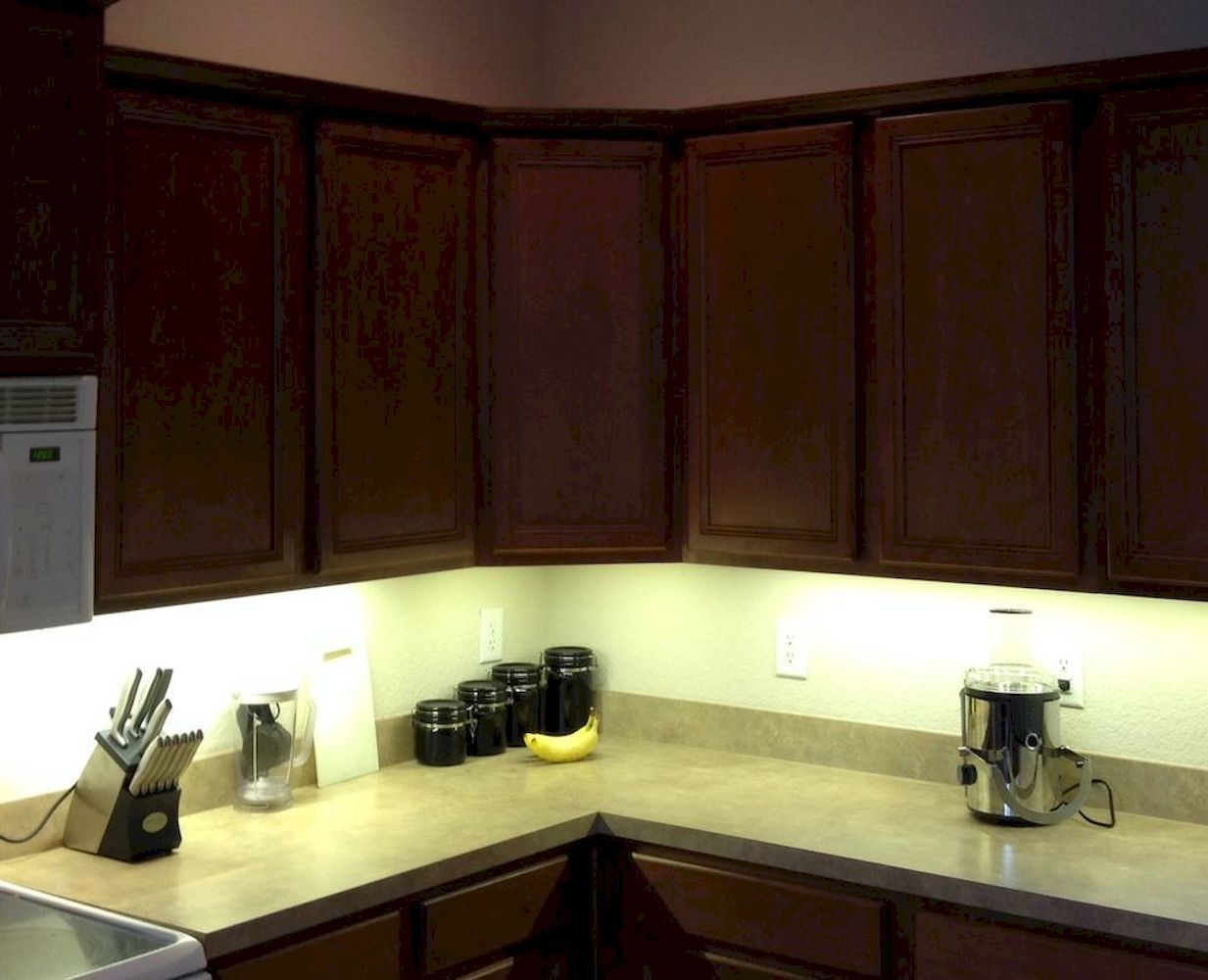 How To Choose Best Types Of Cabinet Lighting For Ambient Lighting Effects In 2020 Kitchen Under Cabinet Lighting Light Kitchen Cabinets Led Under Cabinet Lighting