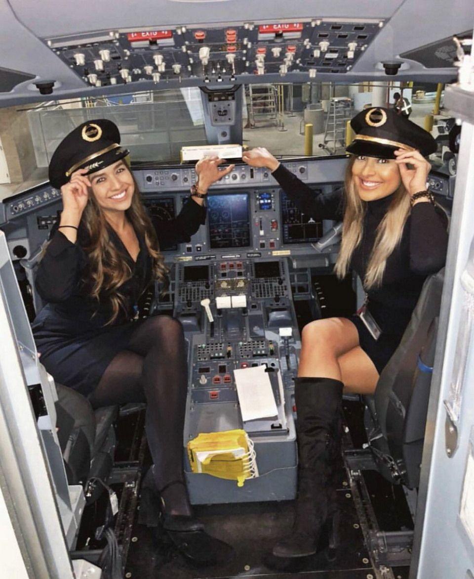 Работа девушек в авиации девушка модель коррекционно логопедической работы