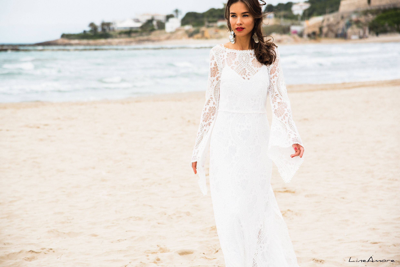 LineAmore - Venice Beach - Set 437 - Ibiza style wedding dress in ...