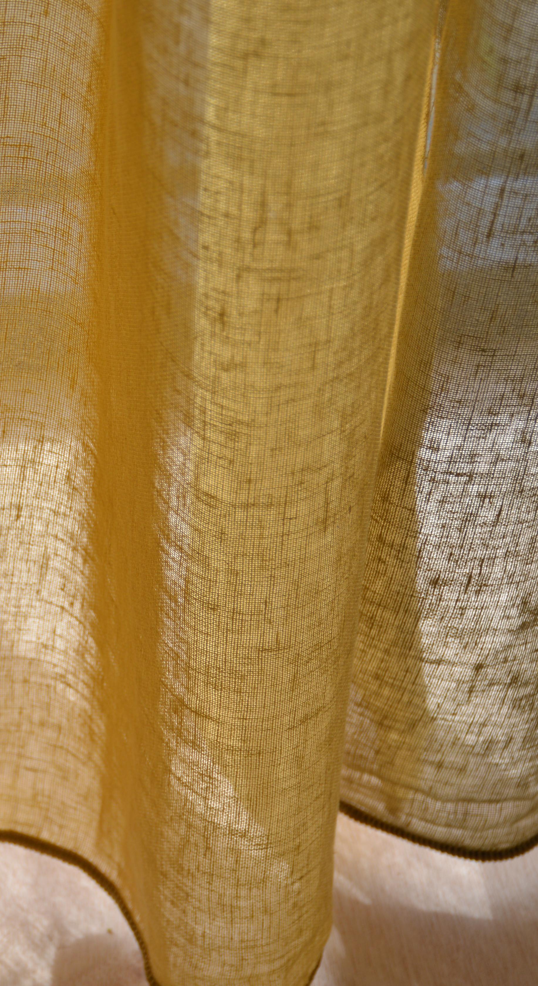 zin in zomer met deze half linnen gele inbetween gordijnen twisk curry van echtgordijnen geel linnen inbetween gordijnen vouwgordijnen echtgordijn