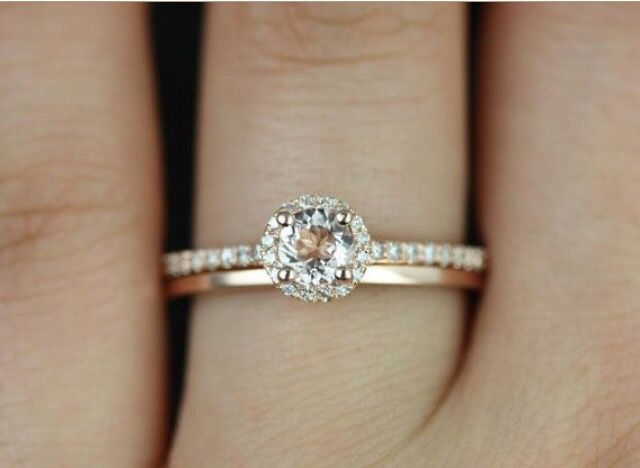 4b5bfe39d2ec3 I like this combo, but in white gold | RINGS | Wedding rings simple ...