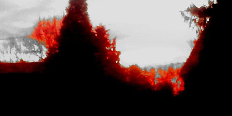 Soleil couchant sous le fil rouge