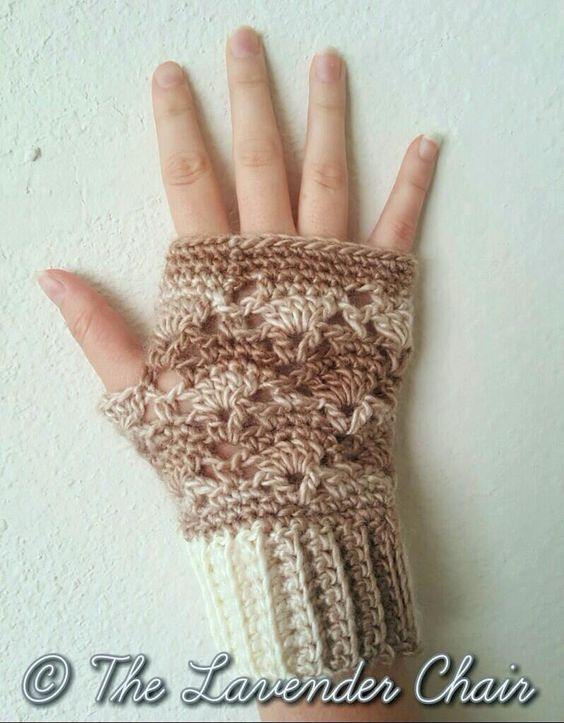 Vintage Fingerless Gloves - Free Crochet Pattern - The Lavender ...