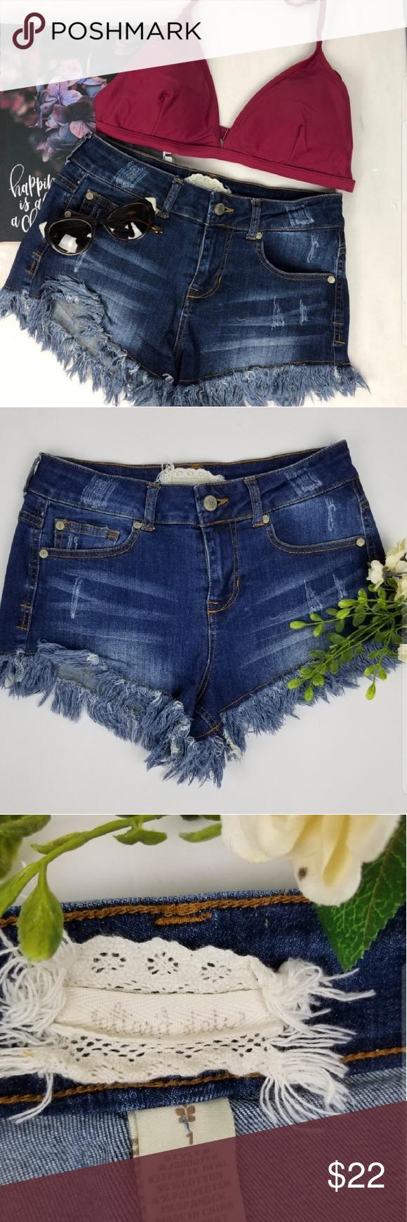 784b4df71da3c3 ALTAR'D STATE fringe bottom jean shorts •Width: 14