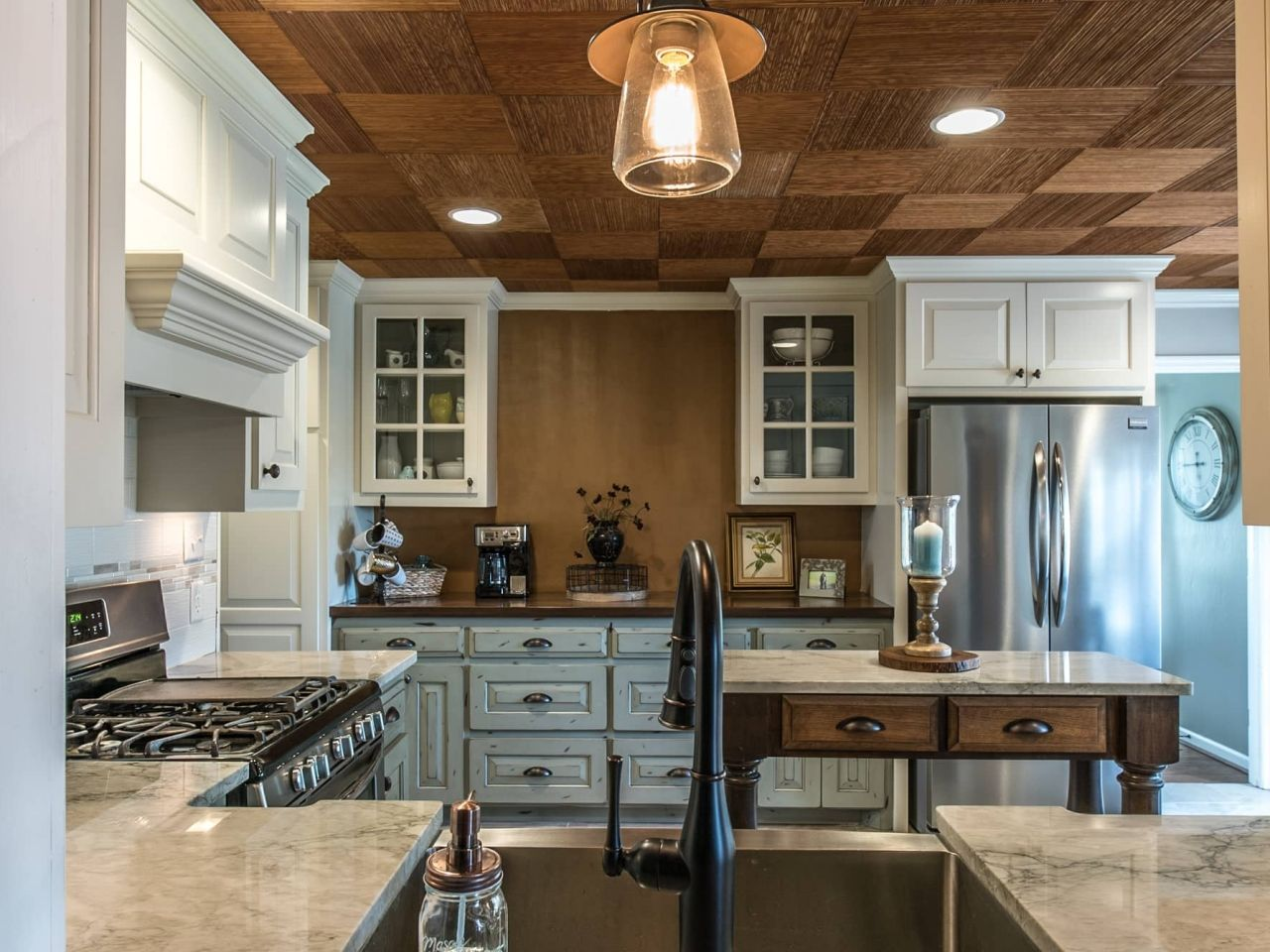 Project By East Coast Granite Marble In Columbia Sc This Stone Is A Sea Pearl Quartzit Best Kitchen Countertops Kitchen Countertops Kitchen Ceiling Tile