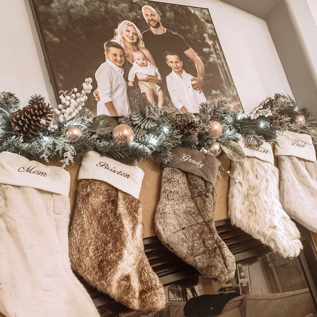 Its beginning to look a lot like Christmasbefore Thanksgiving Love decorating our home Cant help it if I am a little early this season