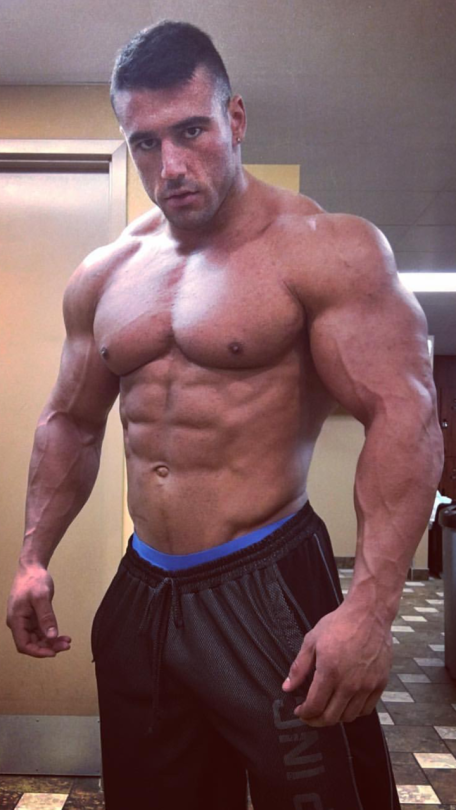 Muscle worship sites