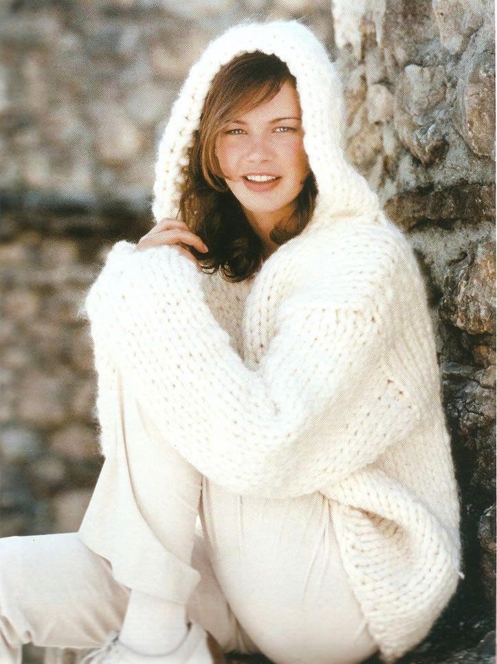 Jersey blanco con capucha | Puntos y Telas | Pinterest