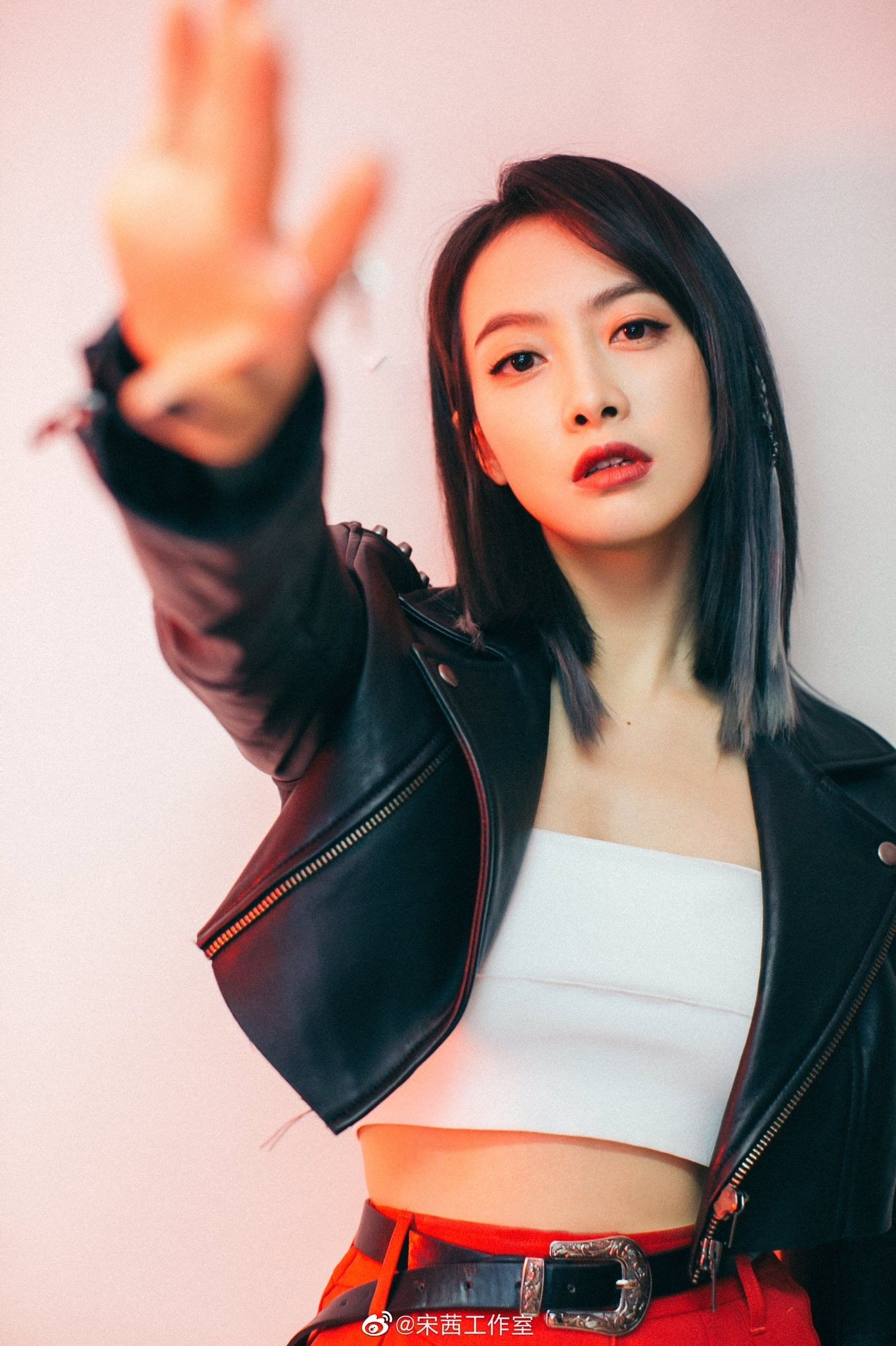 Pin by Lyn on f(x)   Victoria fx, Victoria song, Victoria