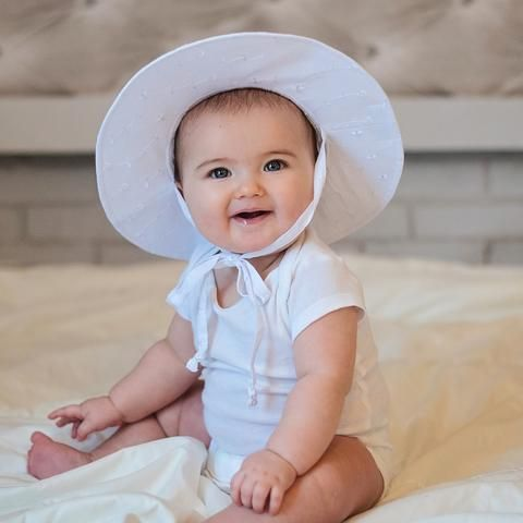 86d6e4f477880 White Wide Brim Baby Sun Hat - UPF 50 Sun Protection