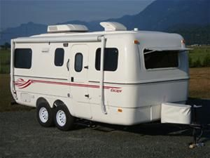 The 19 Foot Escape Small Camping Trailer Small Travel Trailers Travel Trailer