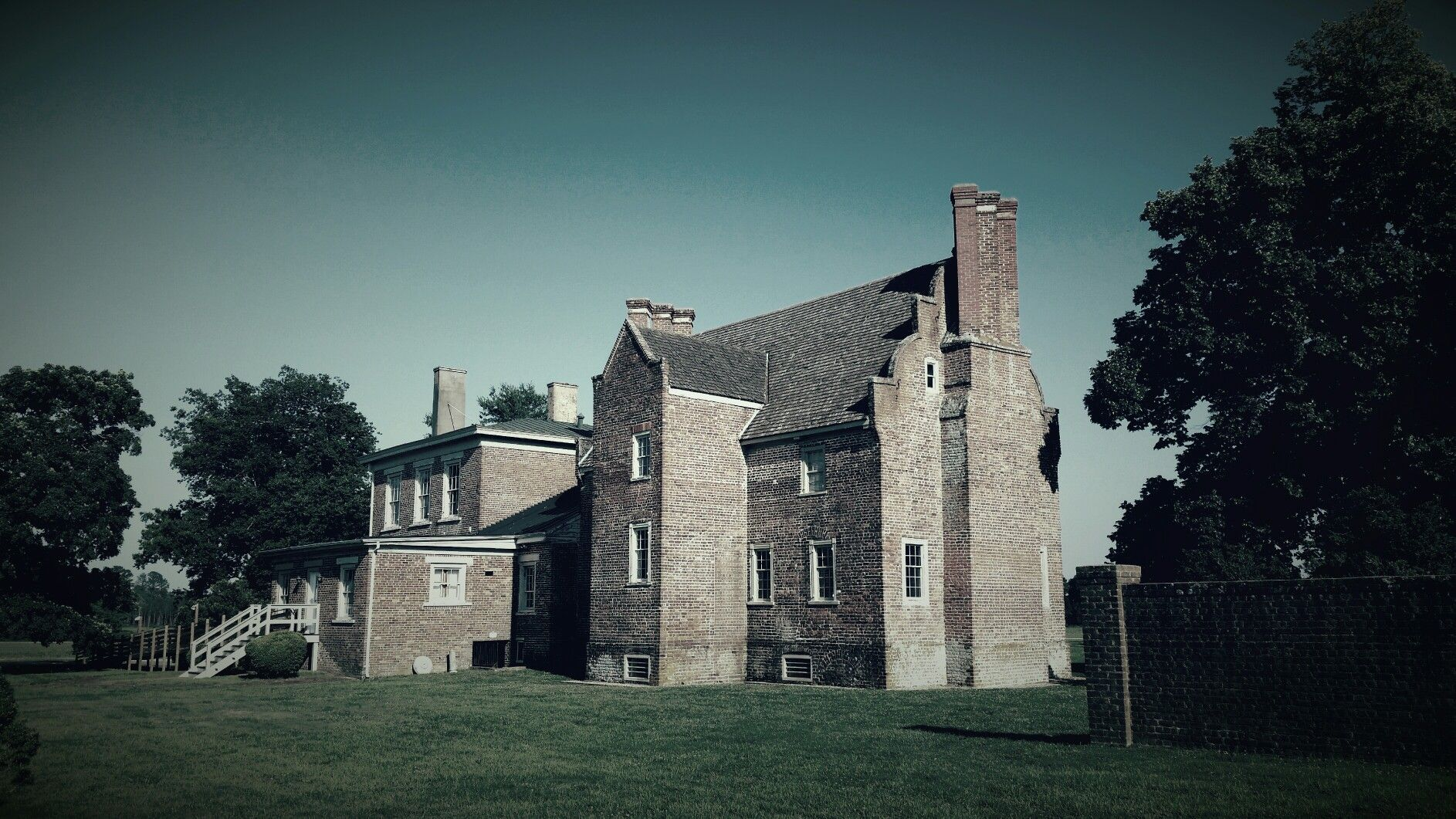 bacons castle oldest brick structure in north america surry county va june