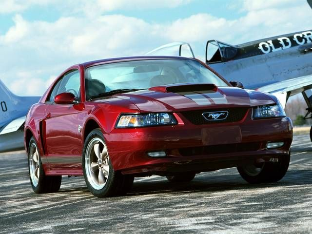 2004 Ford Mustang 40th Anniversary Mine Is Black And Not A V8 But Otherwise This Is Mustang Sally 2004 Ford Mustang Ford Mustang Mustang