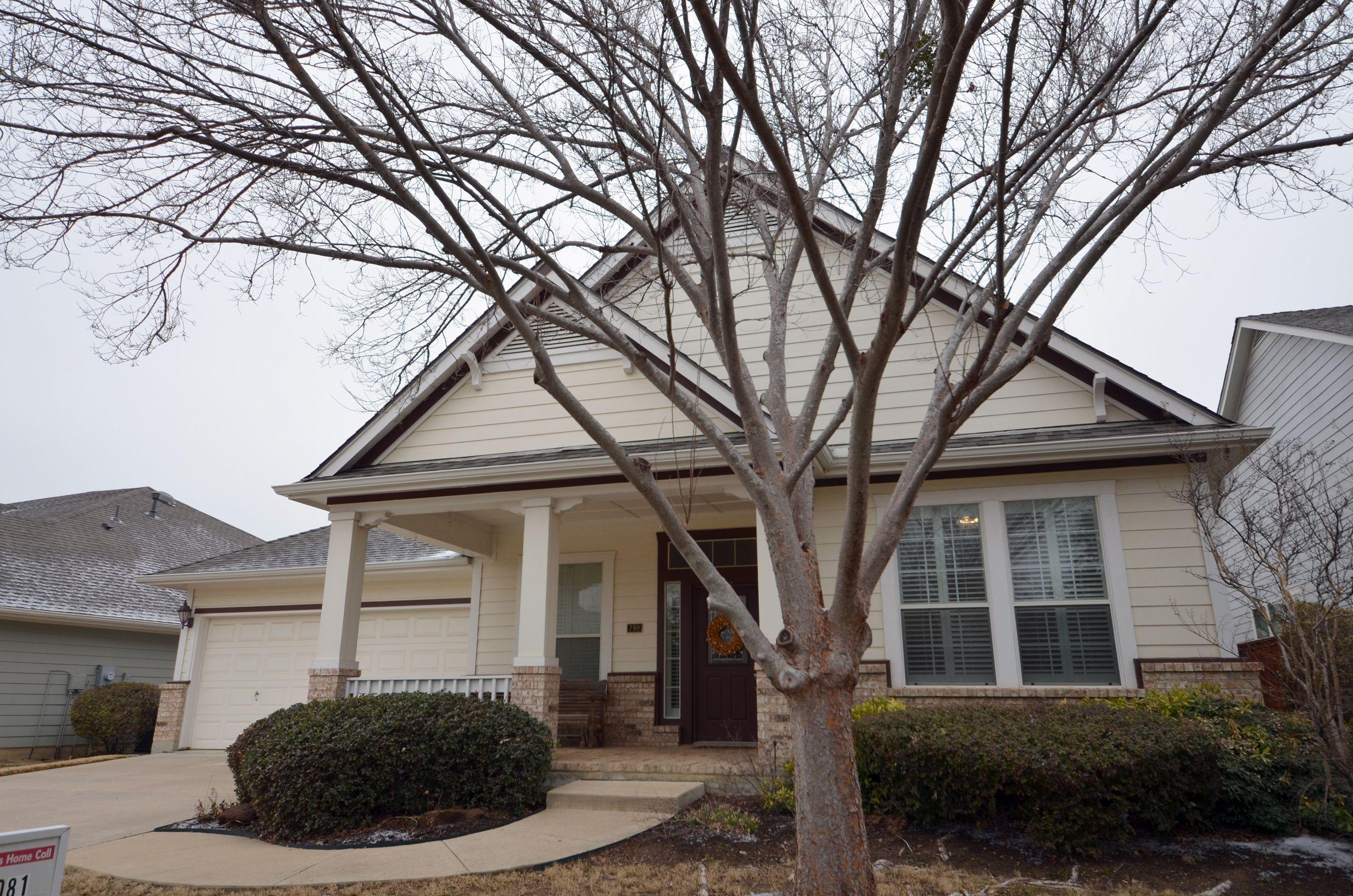 New Listing! 780 Bradford Street, Lantana Texas, 76226 ...