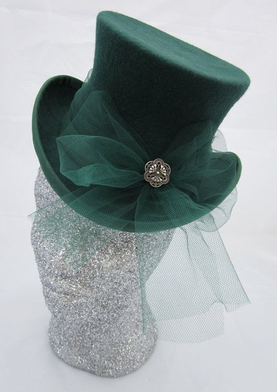 Fancy Dark Green Mini Top Hat. Really like this size and the shape. I would  like to try making one of my own b2b48c16ba76