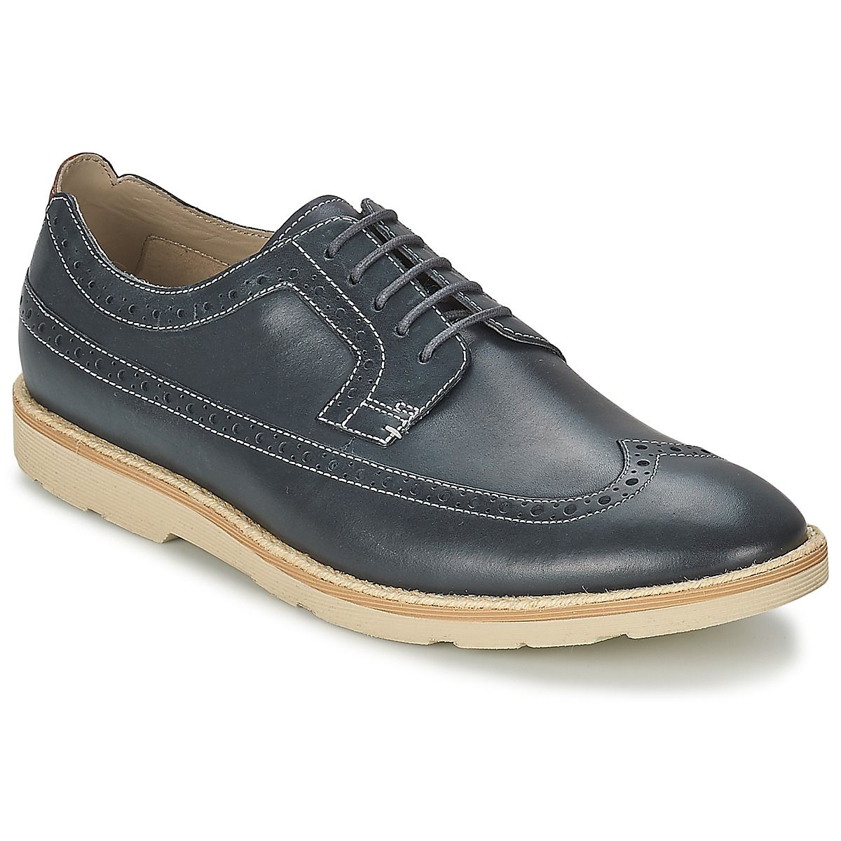 Durability and an urban style are what await with the GAMBESON LIMIT Blue #ClarksMensShoes, save 20% on these shoes with a #leather upper and a synthetic outer sole - Price £ 70.40