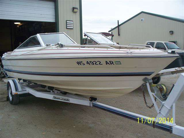 Specifications for the 1984 Bayliner Capri 1950 BR  This