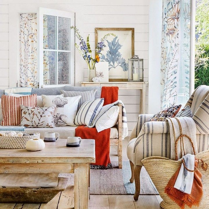 Coastal Living Rooms To Recreate Carefree Beach Days: Coastal Living Room To Recraete Carefree Beach Days