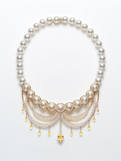 """New collection from TASAKI that imaged the ornate """"Midnight Ball"""" of the 1920s - Image 1Pepuramu chandelier"""" necklace ※ each one point limited   left) ¥ 21,000,000 (tax included) right) ¥ 18,900,000 (tax included)"""