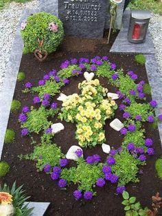 bildergebnis f r grabbepflanzung sommer beispiele grabdeko pinterest grabbepflanzung. Black Bedroom Furniture Sets. Home Design Ideas