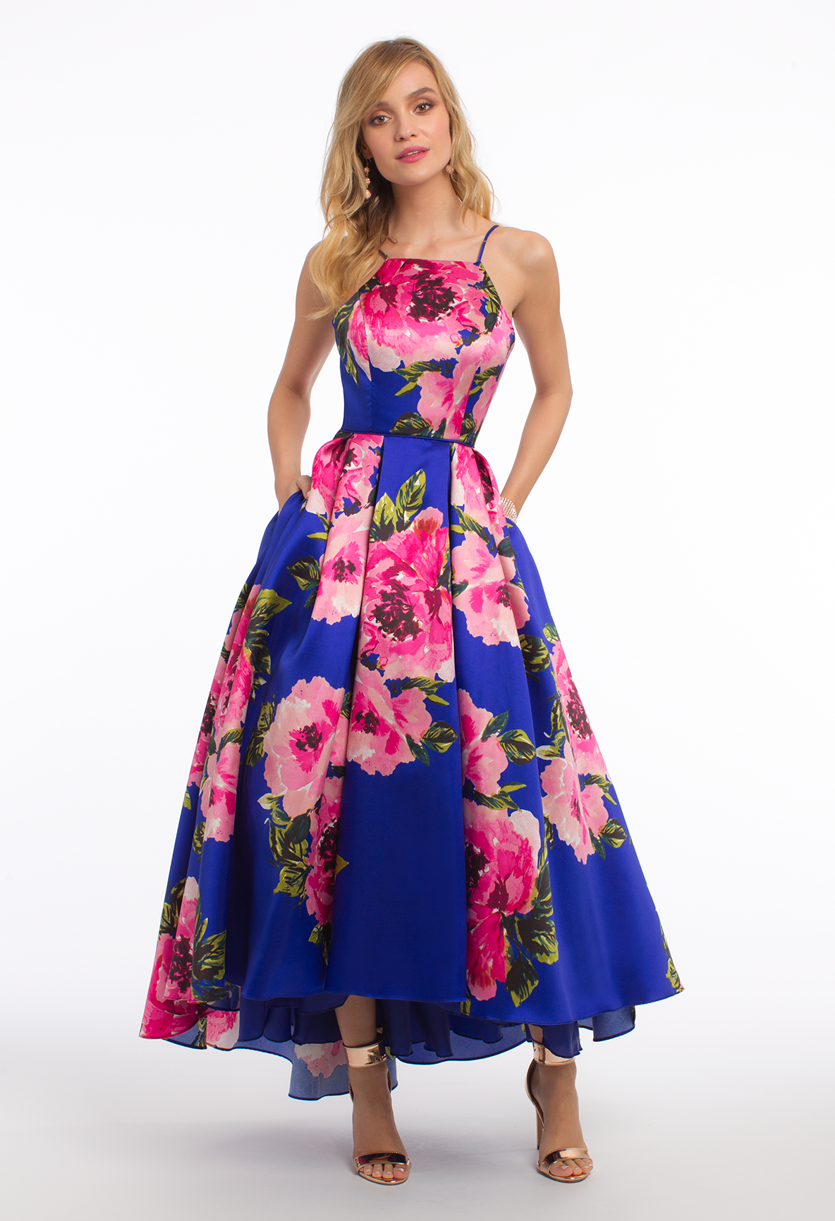 Flaunt this floral tea-length evening dress all summer long! The ...