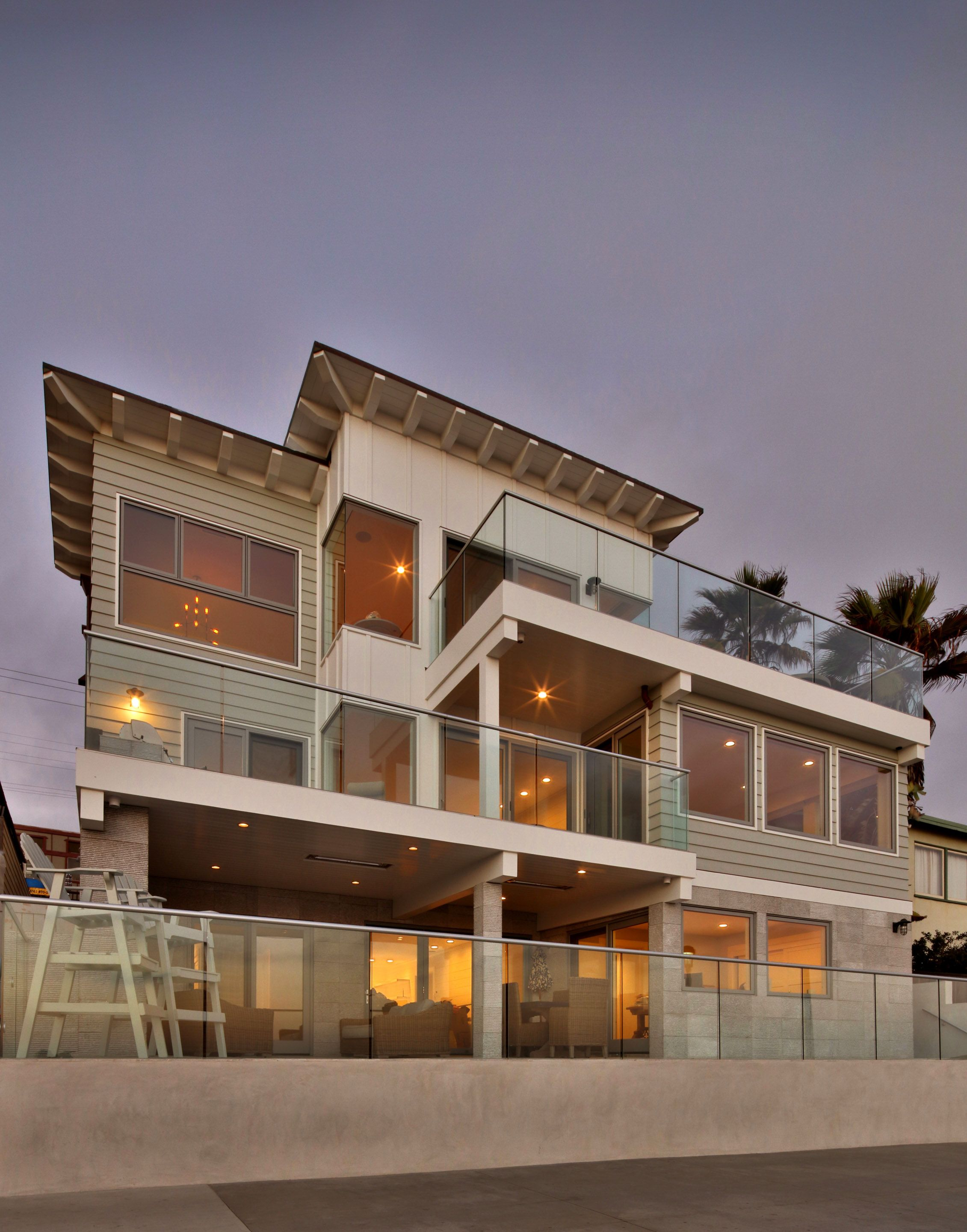 Luxury Modern Beachfront Home Exterior Modern House Plans House Exterior Waterfront Homes