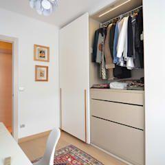 Moderne Ankleidezimmer Von Trestrastos