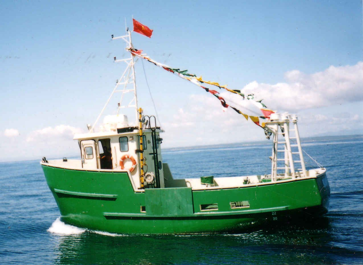 Trawler fishing boats fishing action pinterest for A small fishing boat