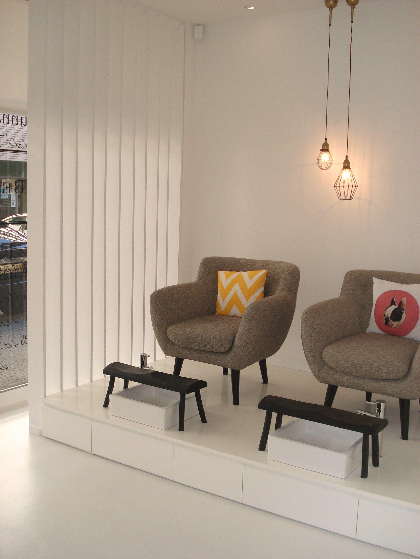 4022c5 Modern Pedicure Chairs - Bergamota nail spa in guimaraes portugal