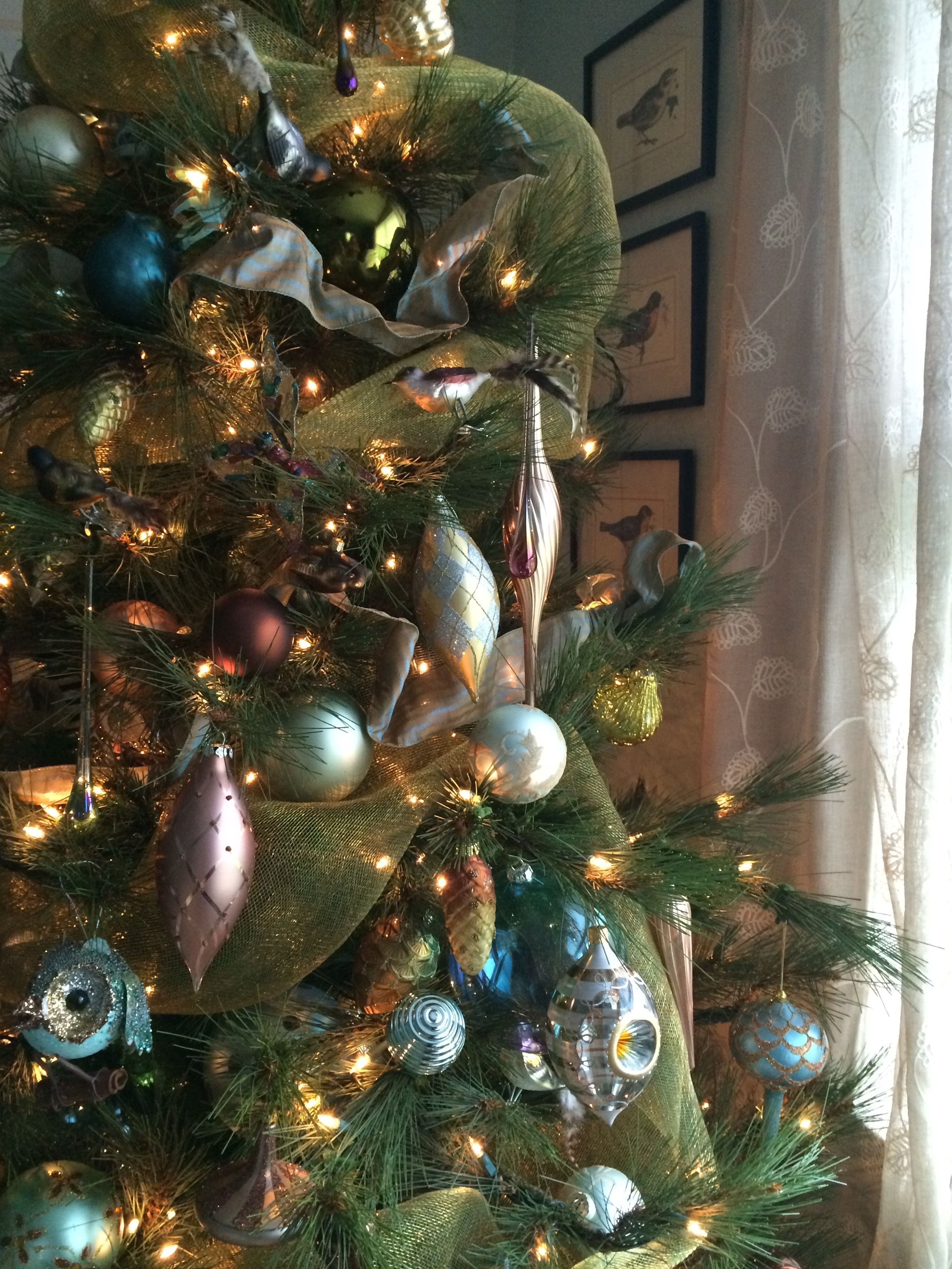 Non traditional christmas tree ideas - Christmas Decor Non Traditional Colored Ornaments