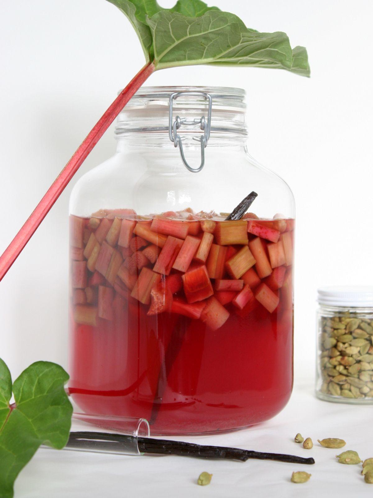 Rhubarb Schnapps Another Reason To Love Nigella Liqueurs Recipes Liquor Recipes Schnapps