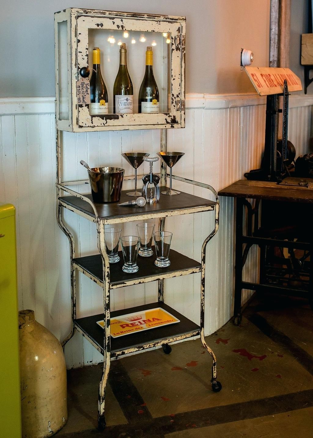 Pin By Tammy Saselli On Home Vintage Medicine Cabinets
