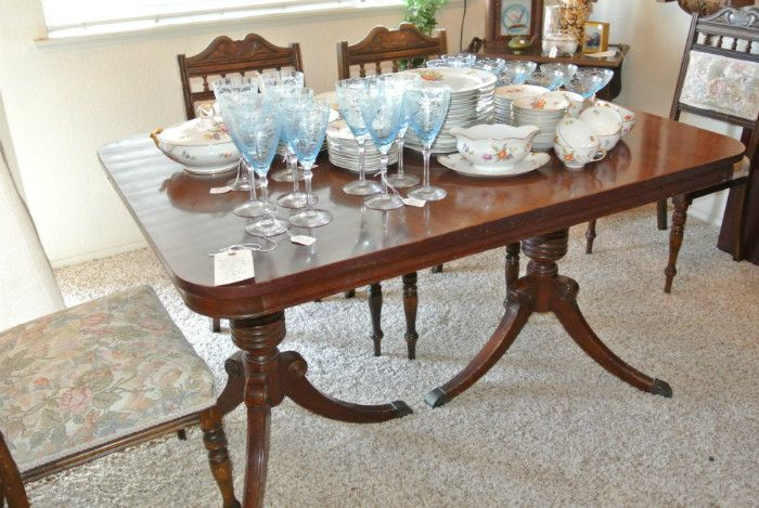 Estate Sale Dining Room Furniture I Love The Neoclassical Look Of The Angelus Furniture Mfg Duncan