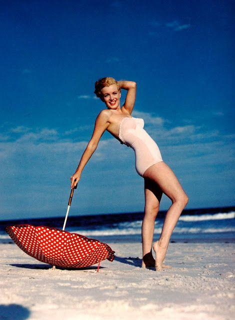 301aa687ed vintage everyday  40 Iconic Moments of Marilyn Monroe in Bikini and Swimsuit  from between the 1940s and 1960s