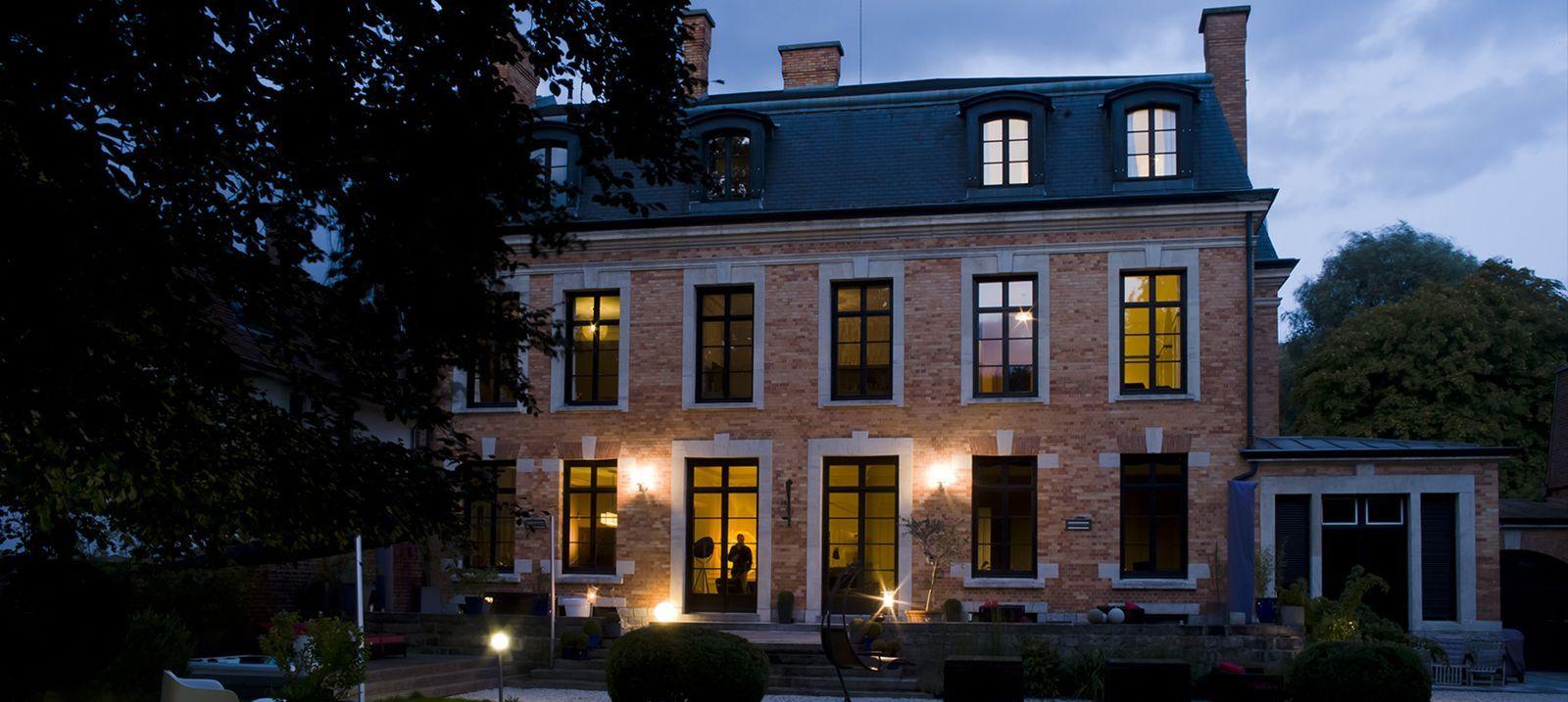 chambre d'hôtes villa paula à tourcoing   lieux & voyages   pinterest