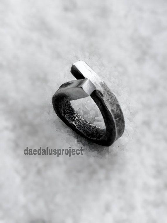 anello stile industrialeanello di daedalusproject su Etsy