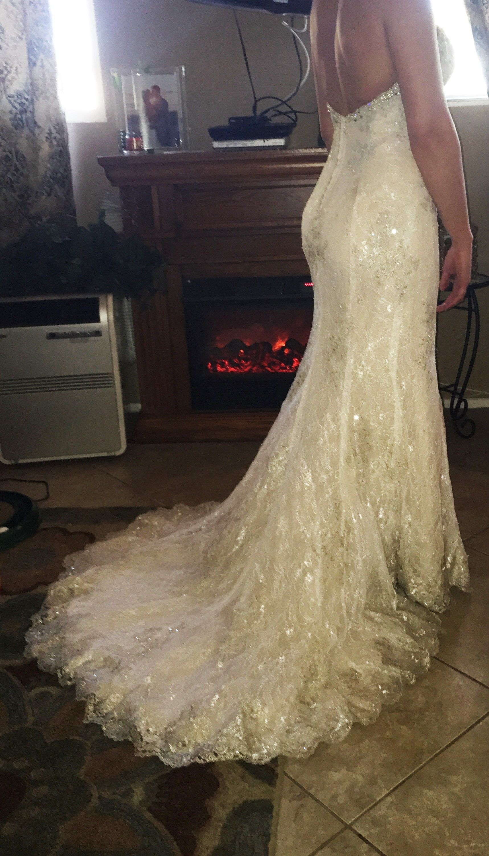 Maggie Sottero Daphne 5HS159 Size-6 2000 USD Buy or Sell New & Used ...