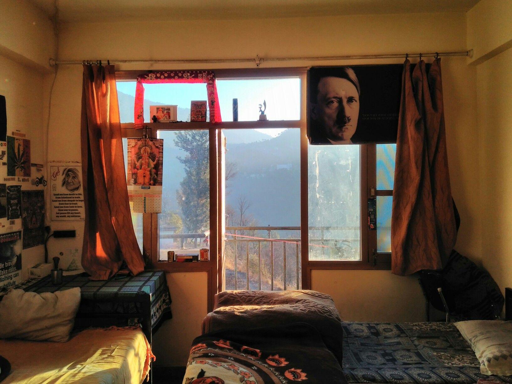 Hostel Room Chanakaya Boys Shoolini University No 307