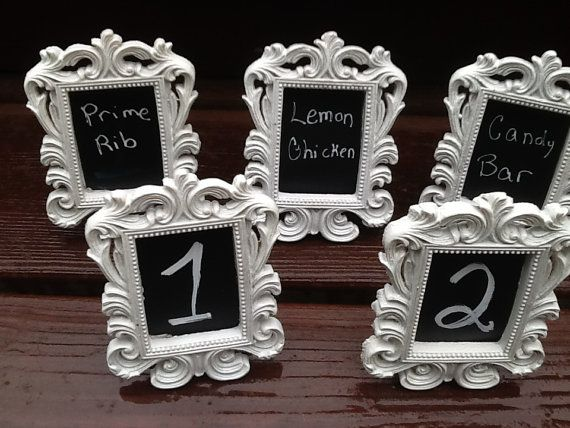 Decor a table picture frames