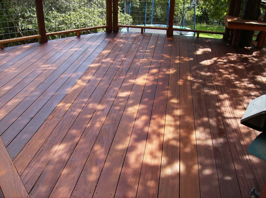 picture-of-an-ebony-stained-deck