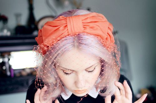 Lilac Hair and Coral Fascinator *swoons*
