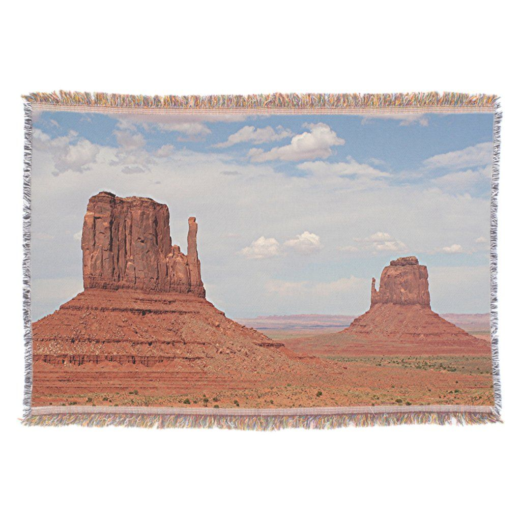 Monument Valley, Utah, USA Throw