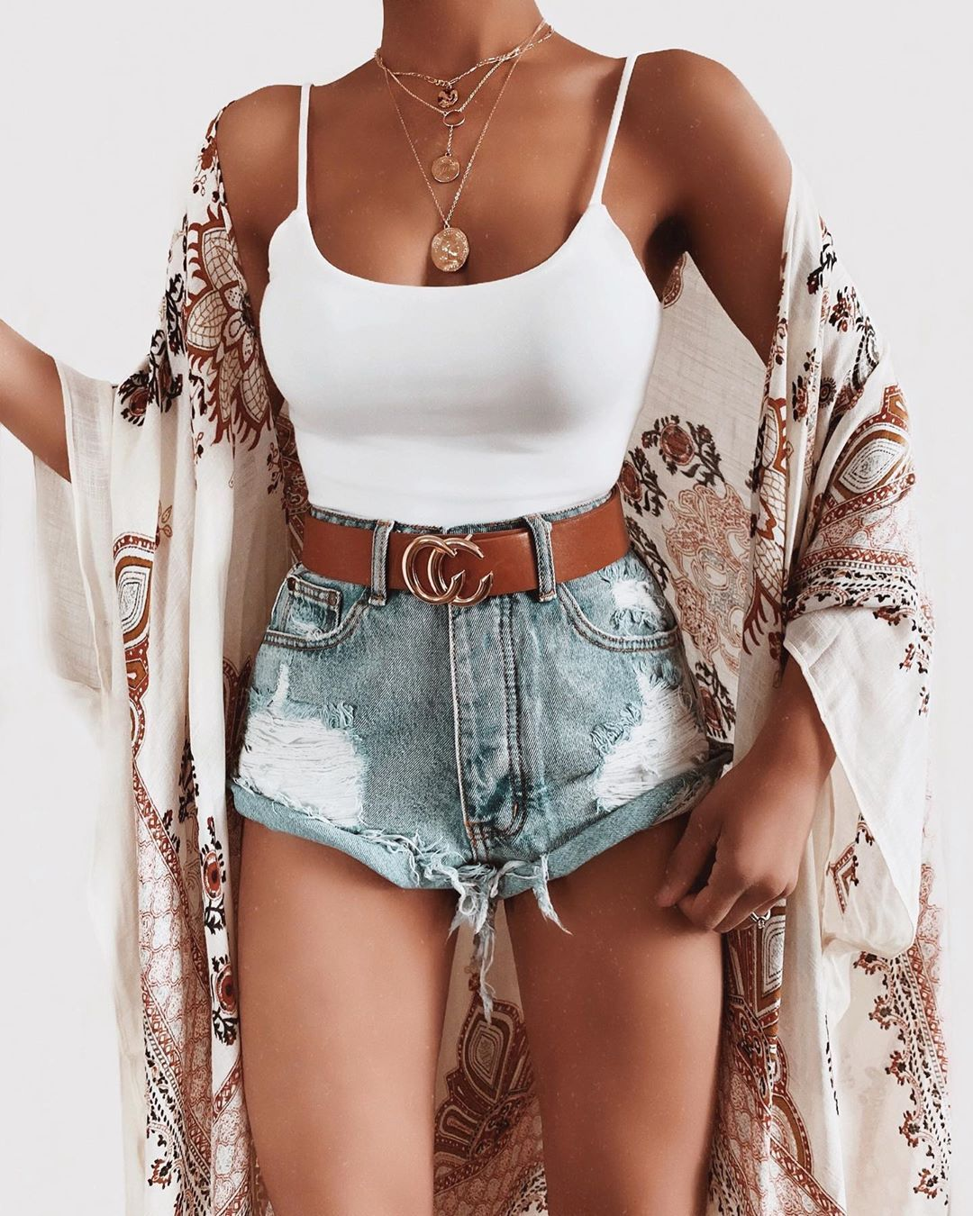 "Talia's Instagram post: ""Cute outfit via @oohlaluxe #oohlaluxe Top: Lyric Cami Top Shorts: Cove Cuffed Shorts Kimono: Opal Kimono Belt: CC Belt Necklace: Gold Coin…"""