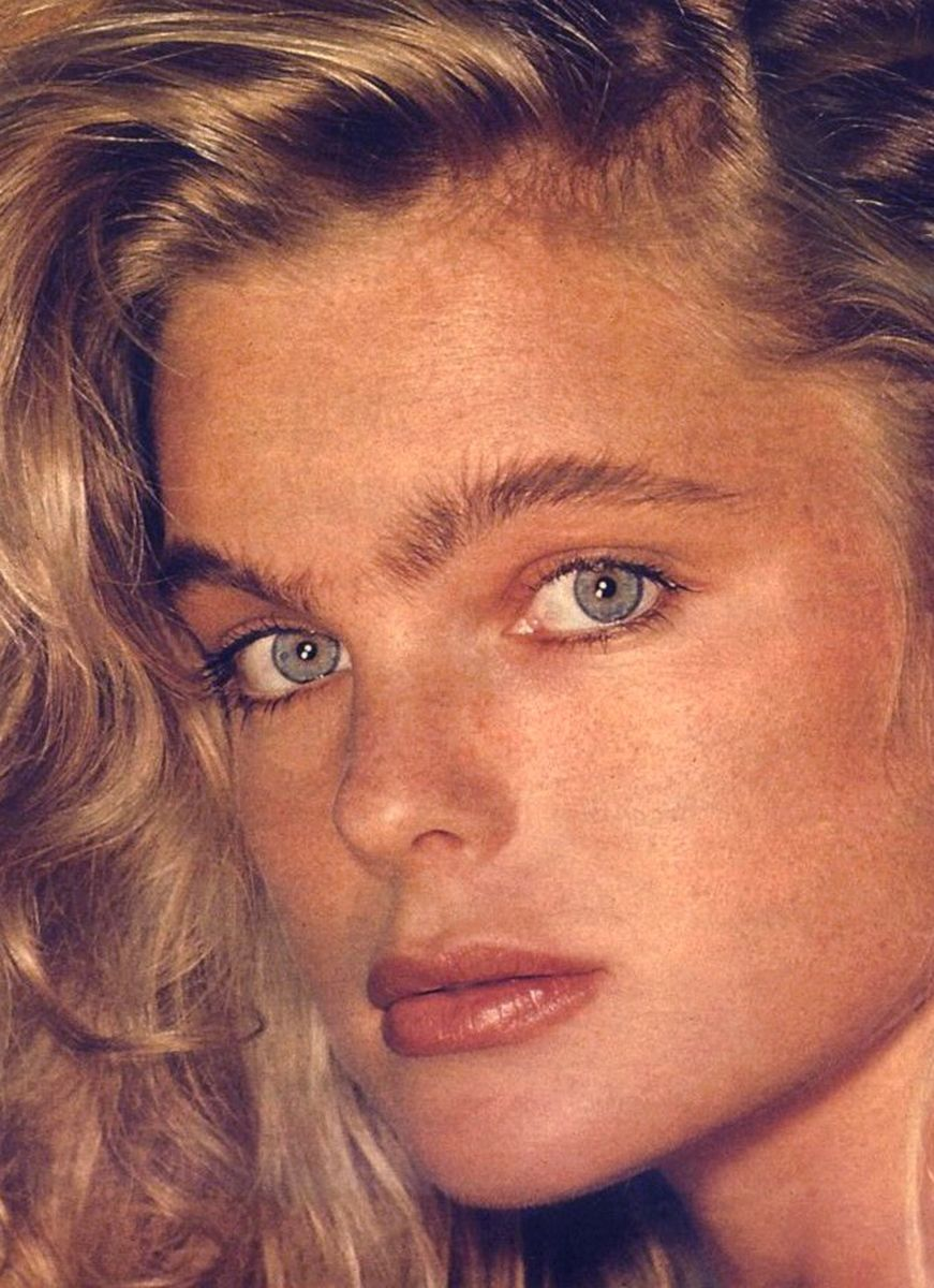 Watch Erika Eleniak born September 29, 1969 (age 49) video