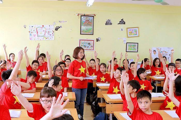Áo cờ đỏ sao vàng trường THCS Thành Công - Hình 2