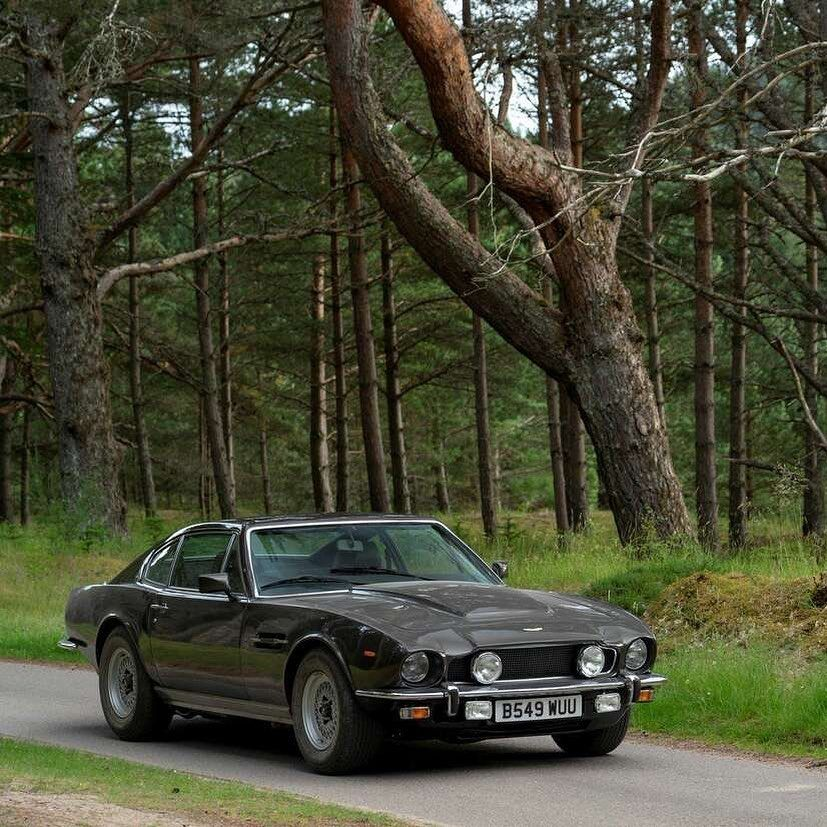 160 Likes 2 Comments Thunderballs Org Thunderballs007 On Instagram A Production Still Of The Aston Martin V8 Vantage Duri Aston Martin Aston Martin Car