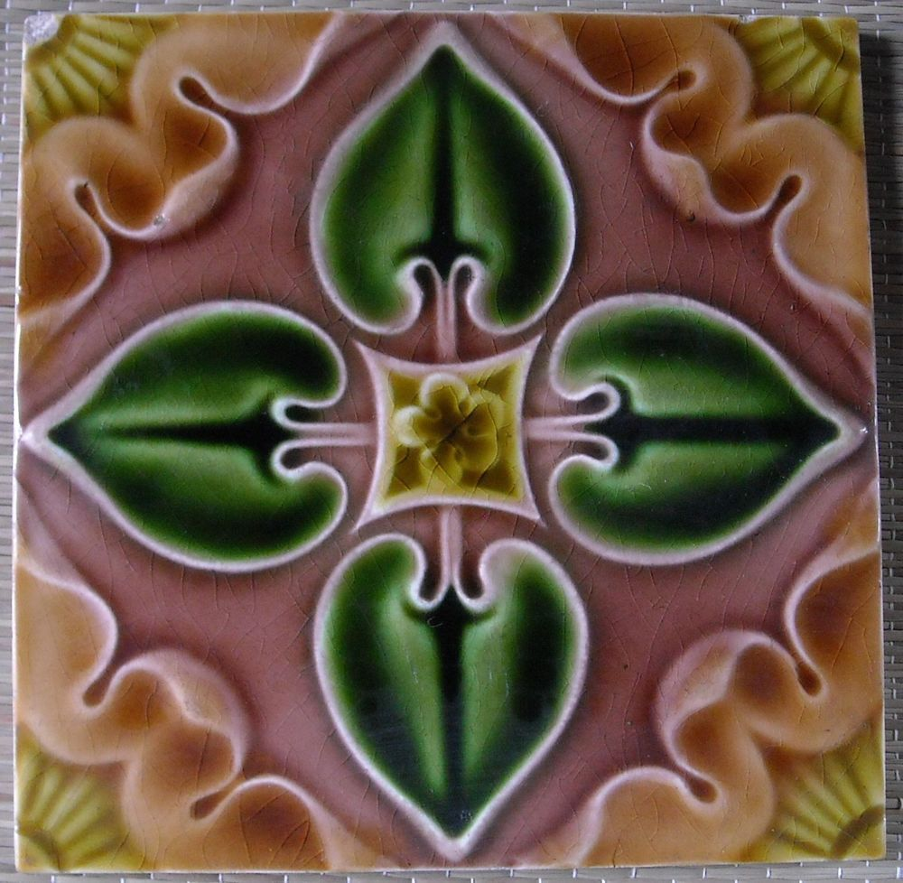 ANTIQUE ENGLAND PILKINTON'S  - ART NOUVEAU MAJOLICA TILE C1900