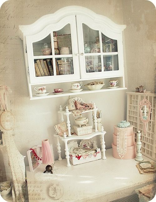 Shabby chic craft room love sabby chic altered art for Shabby chic craft room