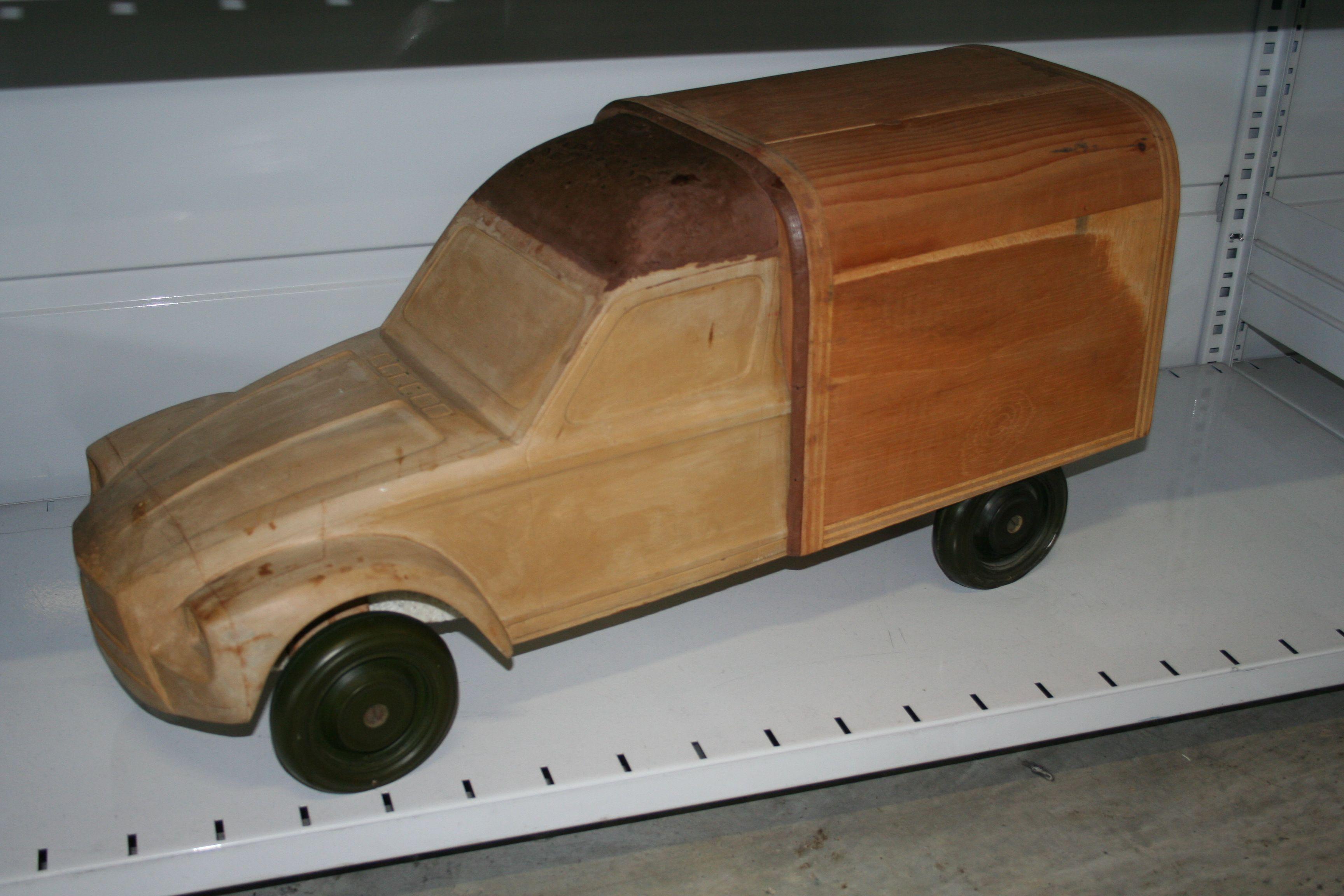 OG | 1978 Citroën Acadiane / AK Dyane | Scale mock-up
