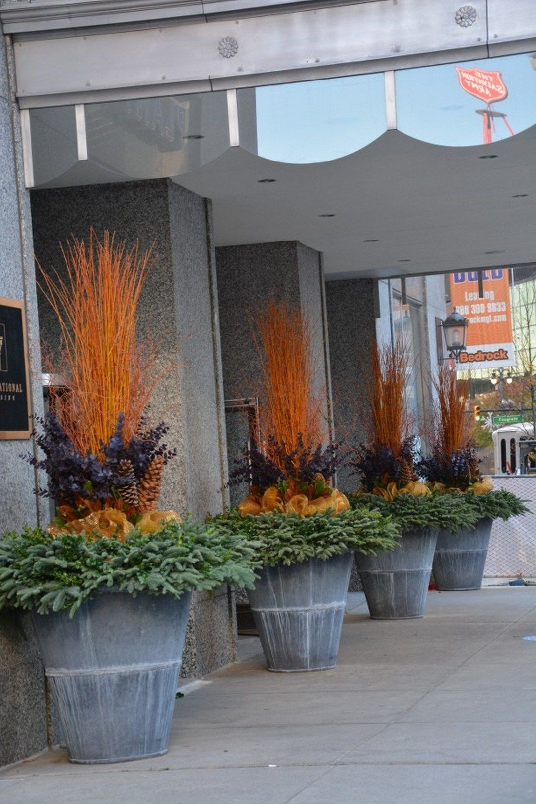 Beautiful Outdoor Winter Container Gardening Design Ideas (11